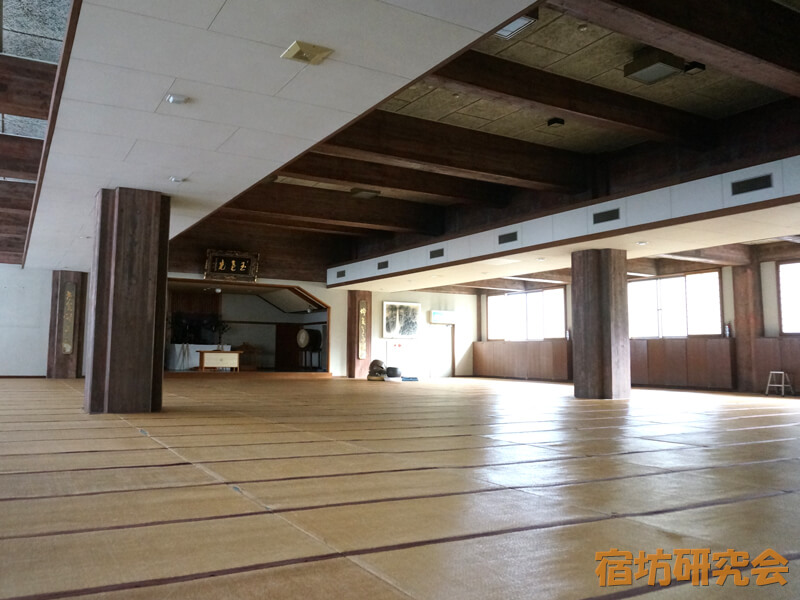 青少年文化研修道場の大部屋