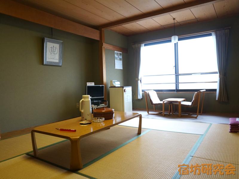 三峯神社興雲閣の客室