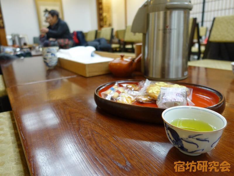 龍谷寺の茶話会