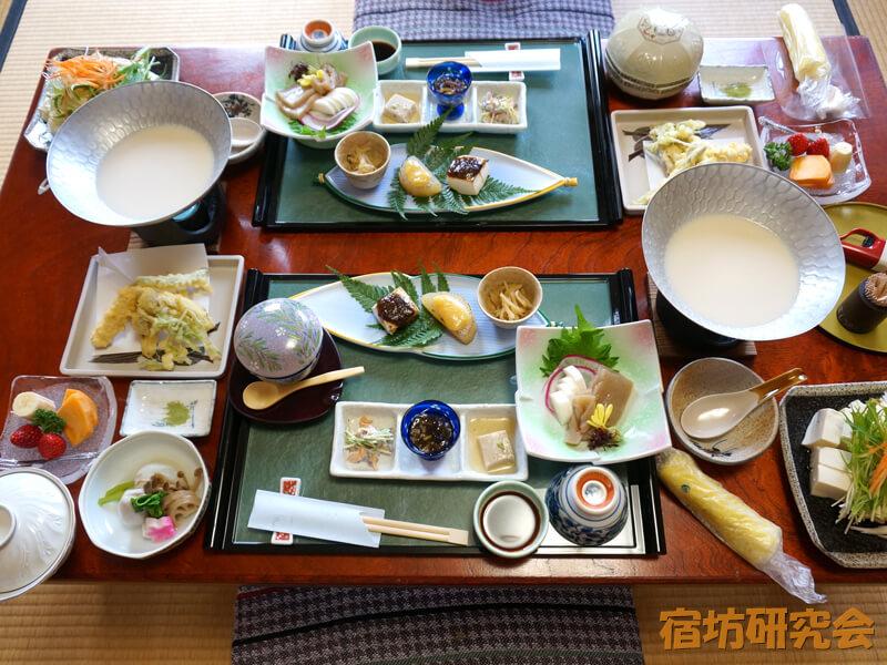 笠置寺(料理旅館よしや)の昼食