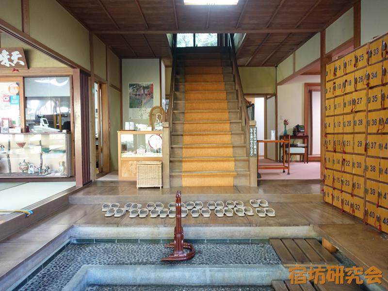 安来清水寺の玄関