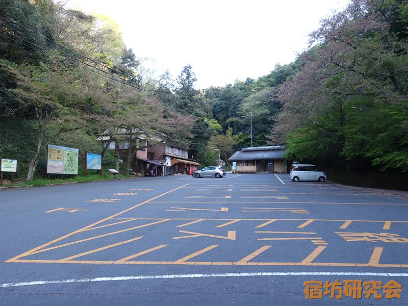 安来清水寺の駐車場