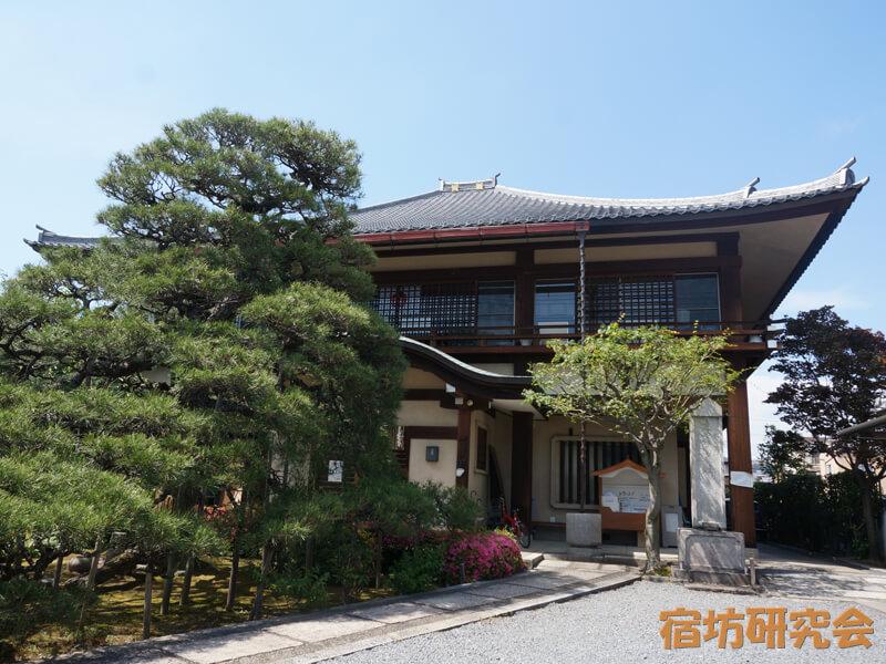 本昌寺の本堂