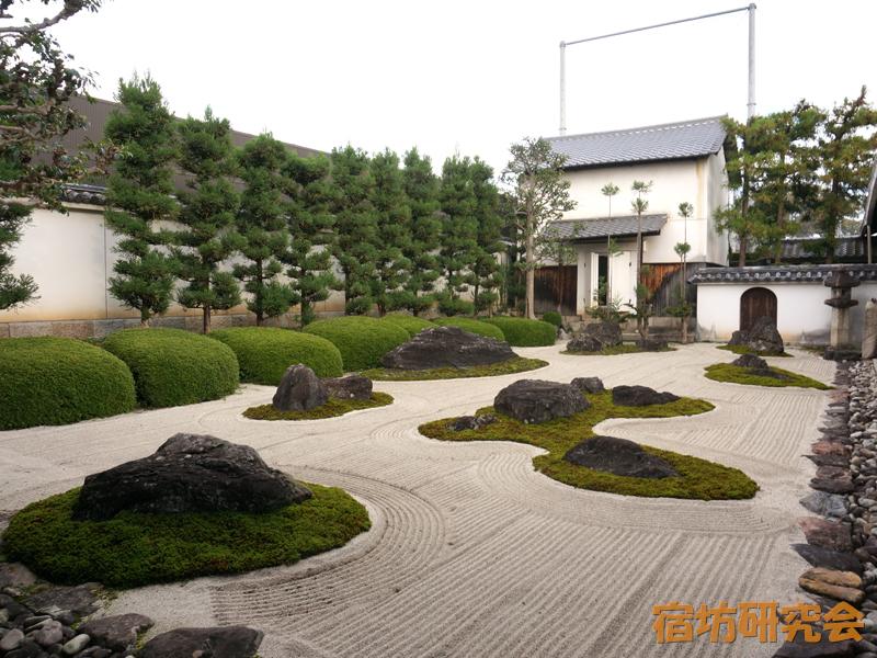 妙蓮寺の庭園
