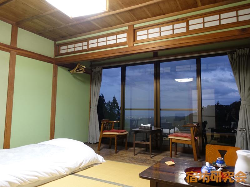 駒鳥山荘の客室
