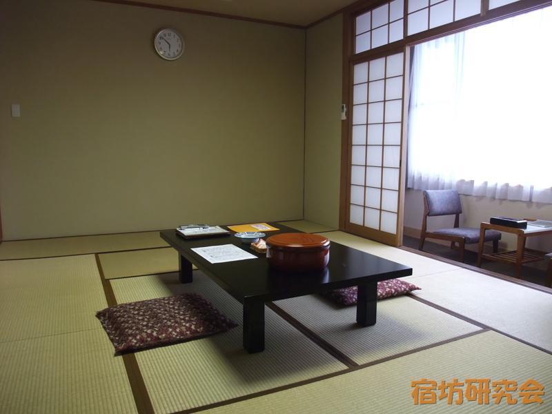 神宮会館の客室