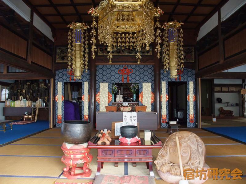 長昌禅寺の本堂内