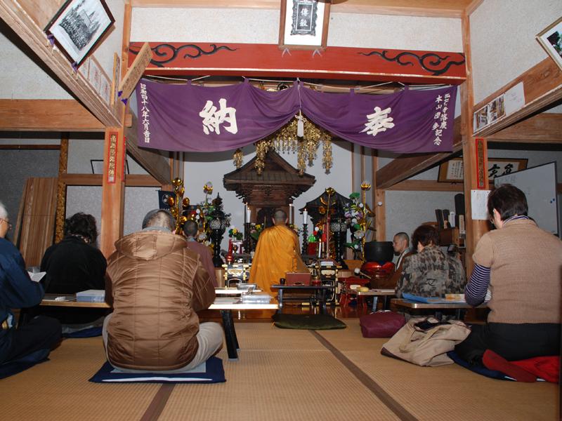 弘行寺の写経会