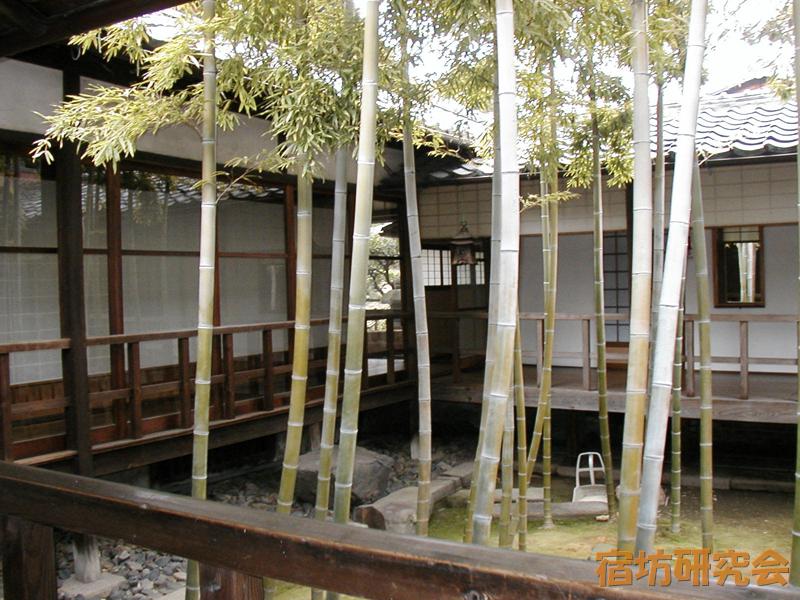 妙顕寺の坪庭