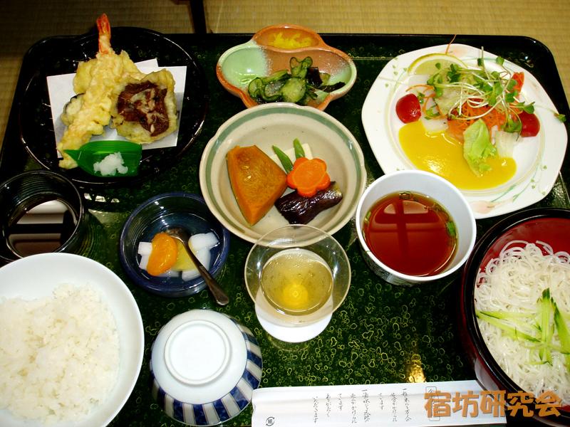 極楽寺の夕食