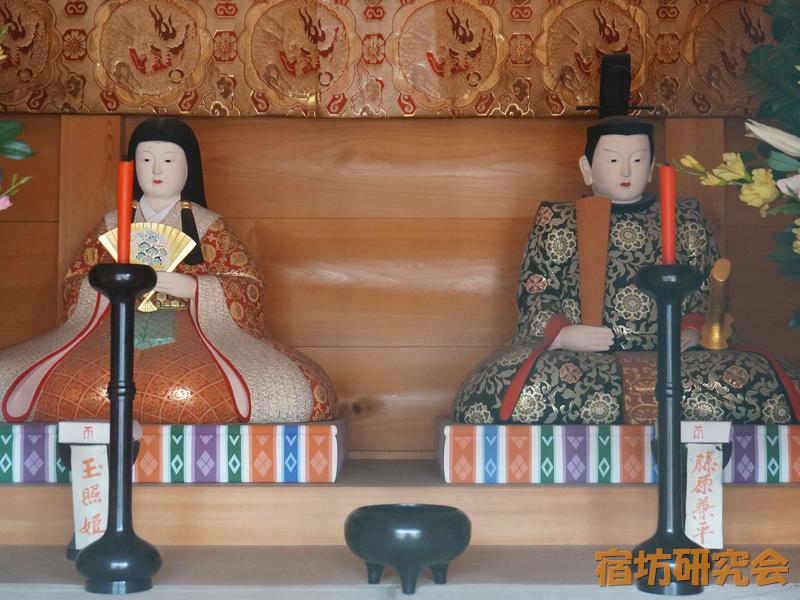 笠覆寺(笠寺観音)の玉照姫と兼平公の像