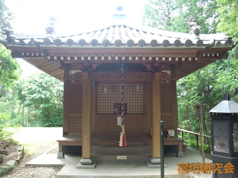 松尾観音寺の聖観音堂
