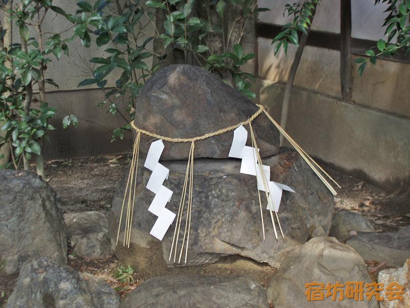 幸神社の御石さん