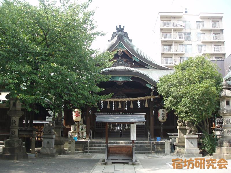 高牟神社の社殿