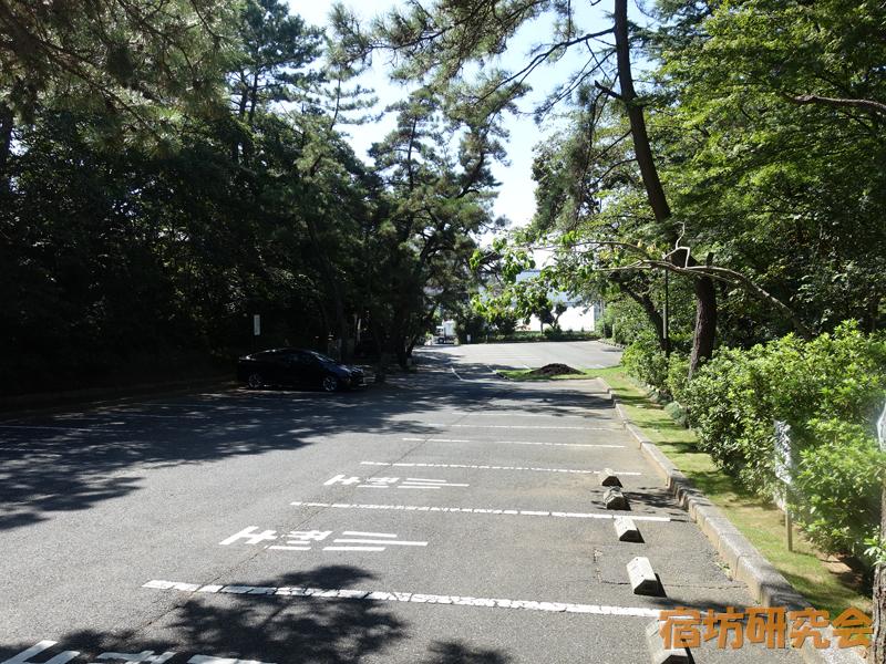稲毛浅間神社の駐車場